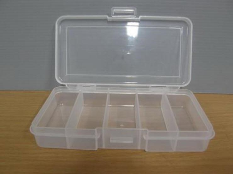 กล่องพลาสติกใส 5 ช่อง (ญี่ปุ่น)