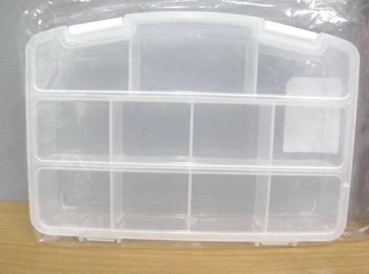 กล่องพลาสติกใส 11 ช่อง