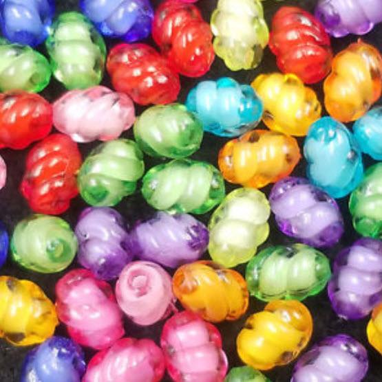 ลูกปัดอะครีลิค ทรงรูปไข่ คละสี 8 ม.ม. / 50 เม็ด (นอก)
