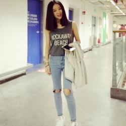 เสื้อแฟชั่นเกาหลี เสื้อกล้ามสกรีนลาย ผ้าคอตตอน